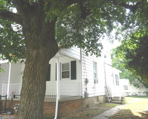 Semi-Detached, Colonial,StraightThru - SHARON HILL, PA (photo 2)