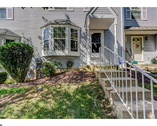 Colonial, Row/Townhouse/Cluster - ASTON, PA (photo 2)