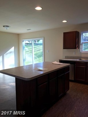 Townhouse, Traditional - INWOOD, WV (photo 5)