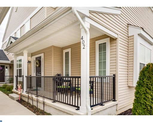 Row/Townhouse, Traditional,EndUnit/Row - WOOLWICH TOWNSHIP, NJ (photo 2)