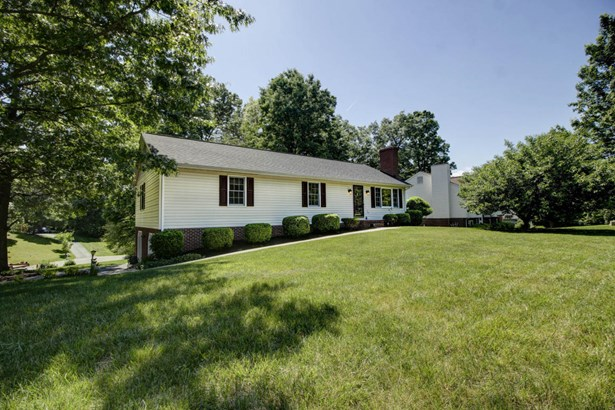 Residential, Ranch - Cloverdale, VA (photo 1)