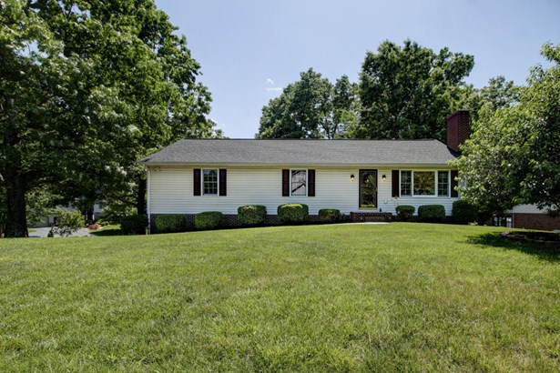 Residential, Ranch - Cloverdale, VA (photo 2)