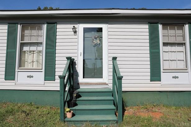 Single Family Residence, Ranch - Appomattox, VA (photo 3)