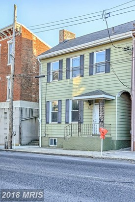 Colonial, Attach/Row Hse - CHAMBERSBURG, PA (photo 1)