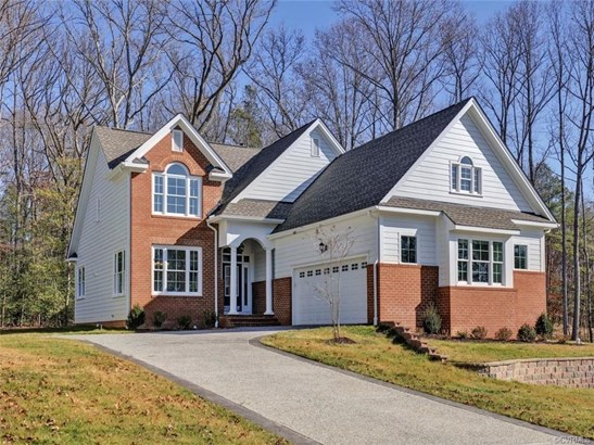 2-Story, Craftsman, Modern, Single Family - North Chesterfield, VA