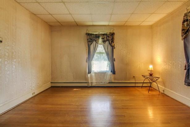 1 & 1/2 Story, Residential - Roanoke, VA (photo 5)