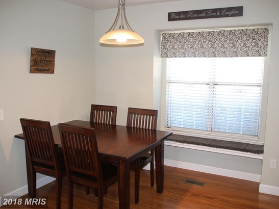 Colonial, Attach/Row Hse - SILVER SPRING, MD (photo 5)