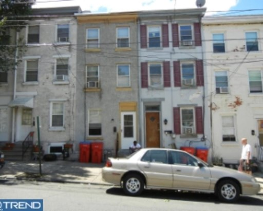 Row/Townhouse, Colonial - NORRISTOWN, PA (photo 1)