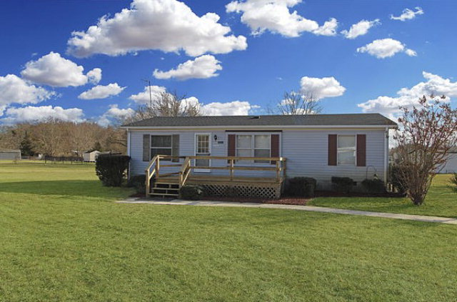 Other, Ranch,Double Wide - New Church, VA (photo 2)
