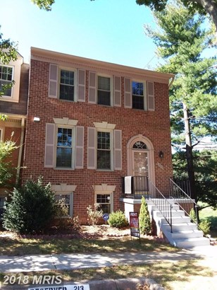 Townhouse, Traditional - FAIRFAX, VA (photo 1)