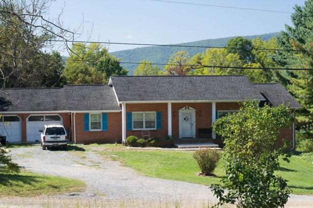 Residential, Ranch - Troutville, VA (photo 2)