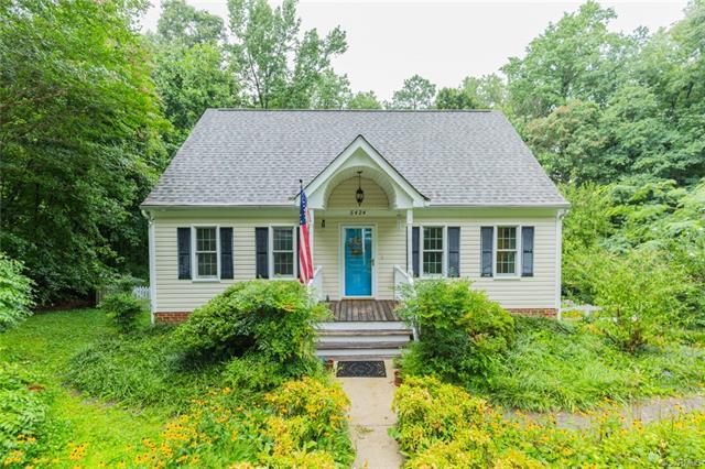 Cape, Single Family - North Chesterfield, VA
