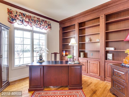 Colonial, Dwelling w/Rental - VIENNA, VA (photo 5)