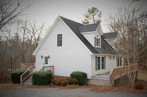 Residential/Vacation, 2 Story,Traditional - Lawrenceville, VA (photo 5)
