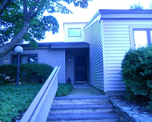 Row/Townhouse, Contemporary,EndUnit/Row - WEST CHESTER, PA (photo 1)