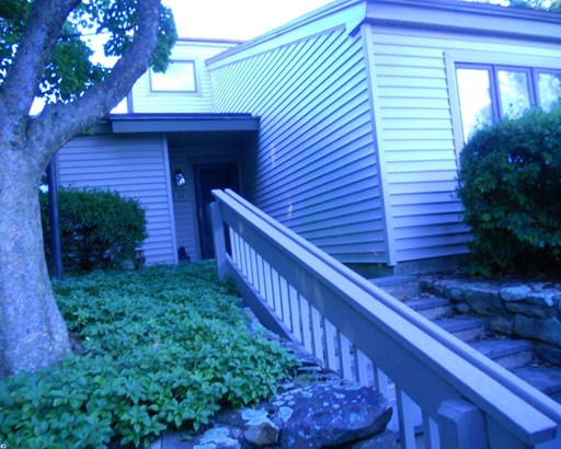 Row/Townhouse, Contemporary,EndUnit/Row - WEST CHESTER, PA (photo 3)