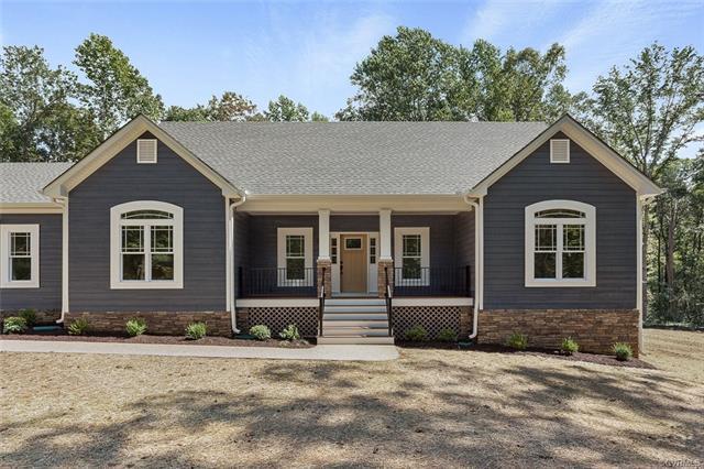 Cottage/Bungalow, Craftsman, Single Family - Louisa, VA (photo 4)