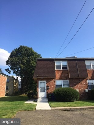 Twin/Semi-Detached, Multi-Family - ORELAND, PA