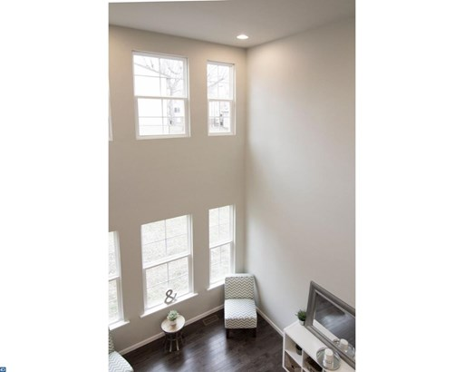 Row/Townhouse, Colonial - WARMINSTER, PA (photo 4)