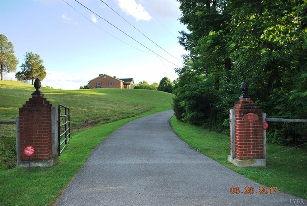 Single Family Residence, Ranch - Vinton, VA (photo 2)