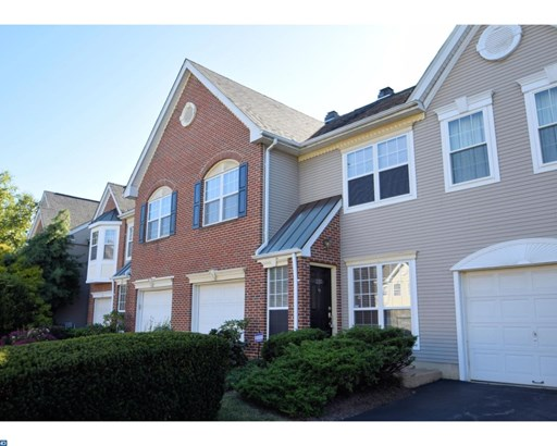 Colonial, Row/Townhouse/Cluster - WAYNE, PA (photo 1)