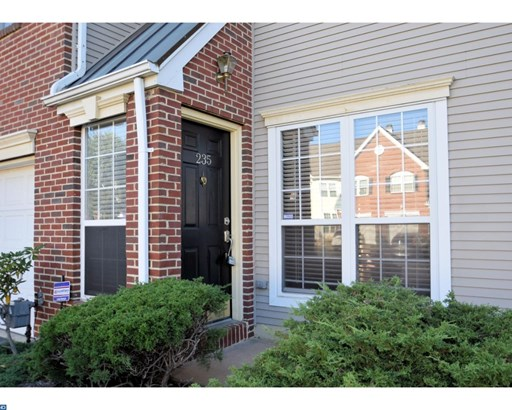 Colonial, Row/Townhouse/Cluster - WAYNE, PA (photo 2)
