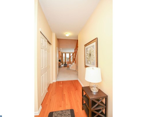 Row/Townhouse, Contemporary - WESTAMPTON, NJ (photo 2)