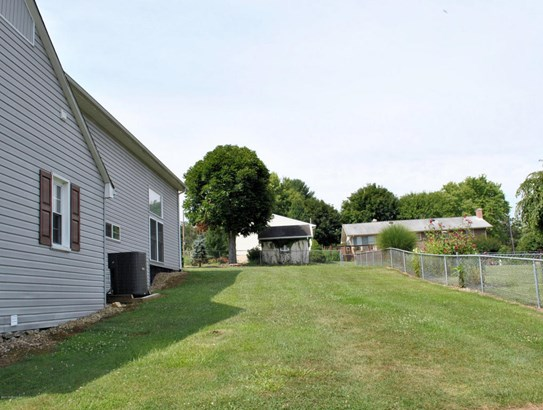 Bungalow/Cottage, Contemporary, Other - See Remarks - Detached (photo 4)