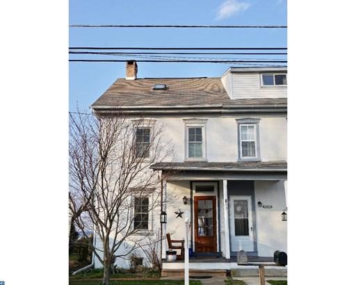 Semi-Detached, Colonial - PENNSBURG, PA (photo 1)