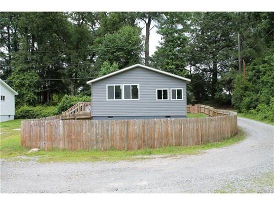 Cottage/Bungalow, Single Family - Providence Forge, VA (photo 5)
