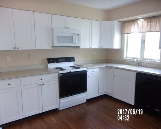 Row/Townhouse/Cluster, Traditional - EXTON, PA (photo 5)
