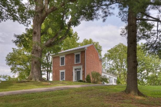 Residential, Colonial - Draper, VA (photo 1)