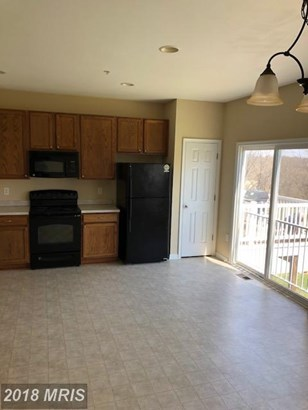Townhouse, Traditional - HAGERSTOWN, MD (photo 3)