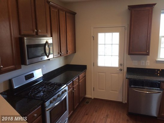 Townhouse, Colonial - CALIFORNIA, MD (photo 2)