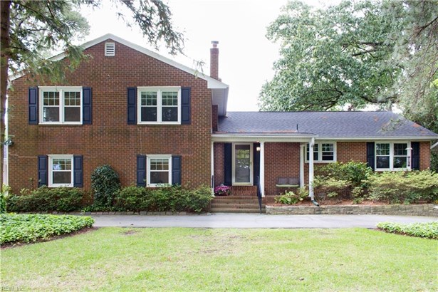 Split-Level, Traditional, Single Family - Virginia Beach, VA (photo 4)