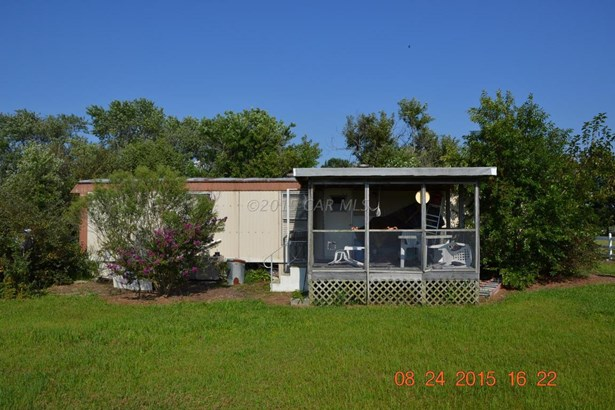 Mobile Home - Marion, MD (photo 3)