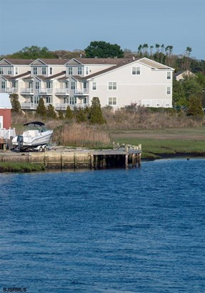 Townhouse, Condo - Somers Point, NJ (photo 2)