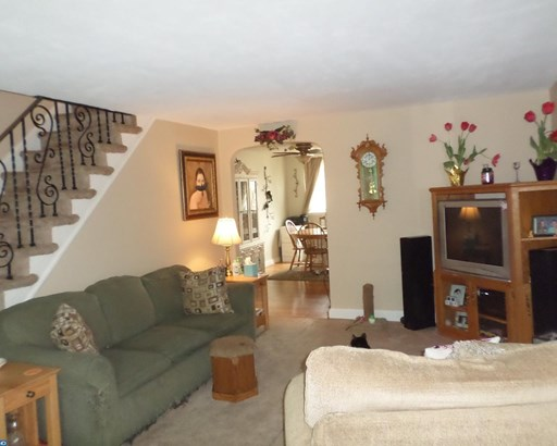 Row/Townhouse, AirLite - CLIFTON HTS, PA (photo 1)