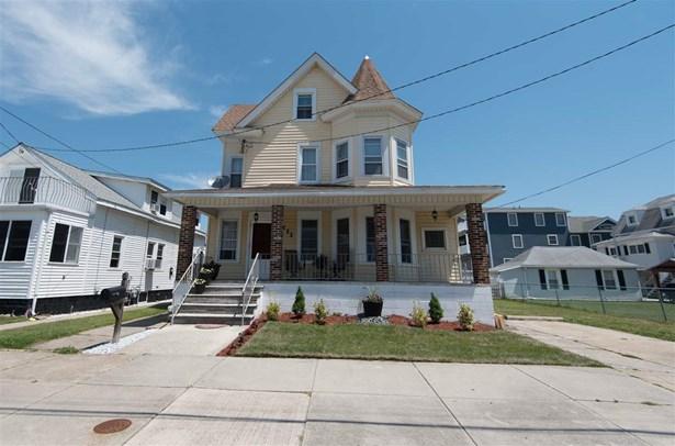 Victorian, Three Story, Single Family - North Wildwood, NJ (photo 1)