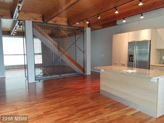 Contemporary, Duplex - BALTIMORE, MD (photo 3)