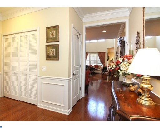 Row/Townhouse, Contemporary,Traditional - VOORHEES, NJ (photo 2)