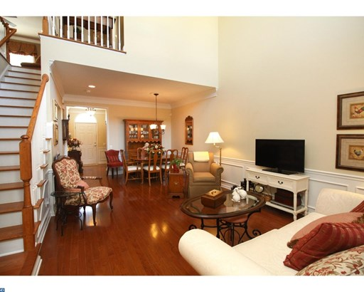 Row/Townhouse, Contemporary,Traditional - VOORHEES, NJ (photo 4)