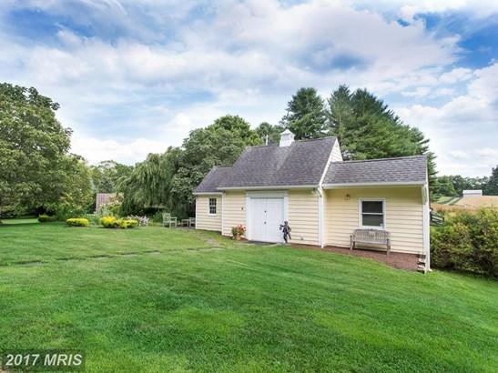 Farm House, Detached - COCKEYSVILLE, MD (photo 4)