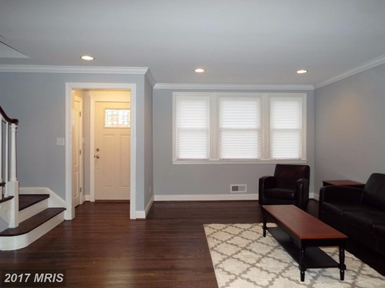 Colonial, Attach/Row Hse - BALTIMORE, MD (photo 4)
