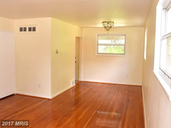 Semi-Detached, Colonial - HYATTSVILLE, MD (photo 4)