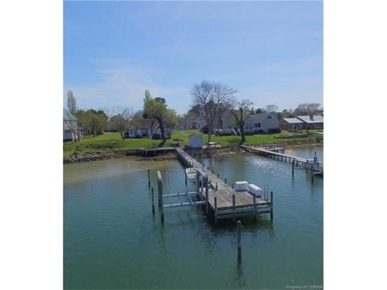 Cottage/Bungalow, Single Family - Deltaville, VA (photo 3)