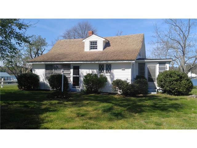 Cottage/Bungalow, Single Family - Deltaville, VA (photo 4)