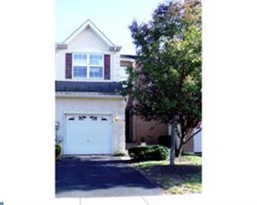 Colonial, Row/Townhouse/Cluster - RED HILL, PA (photo 1)