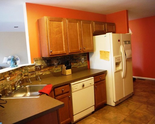 Colonial, Row/Townhouse/Cluster - RED HILL, PA (photo 4)
