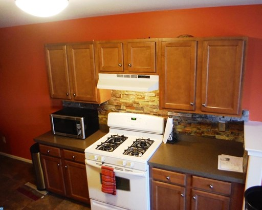 Colonial, Row/Townhouse/Cluster - RED HILL, PA (photo 5)